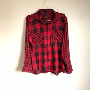 Seven7 size XL red black long sleeve plaid EUC